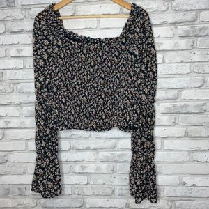 NWOT Plus Wild Fable Ruffled Floral Crop Top